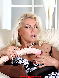 This monster dildo really gives Lana some heavy thrills