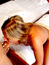 MilfSlutsGoneWild.com -Ramona has an oral fixation