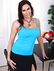 Anilos.com - Freshest mature women on the tangle featuring Anilos Raven Lechance naughty milf