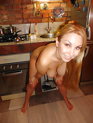 Blonde milf ex show one's age Sonya heads to along to kitchen plus cooks ship aboard while naked down this scene